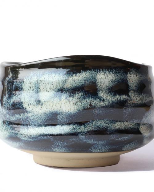 black-matcha-bowl